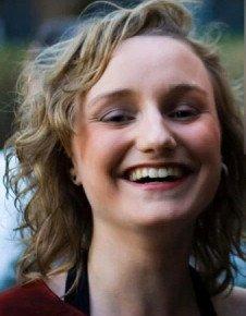Melanie Addington es la autora protocolo definitivo del herpes