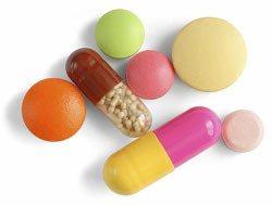 Tenga cuidado con los riesgos de usar el dispositivo anticonceptivo si toma otros medicamentos para evitar interacciones